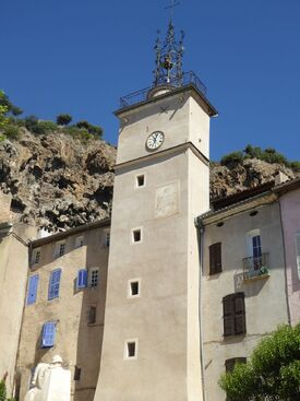 VILLAGES DU VAR : Cotignac