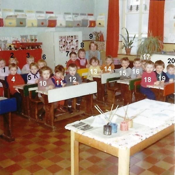 Bioul - Classe de Mme Michelle LANNEAU septembre 1971.