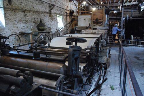 Voilà la ligne de production du papier de paille