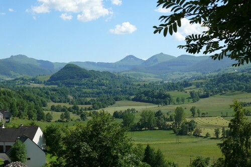 Cheylade Cantal, le Puy Mary