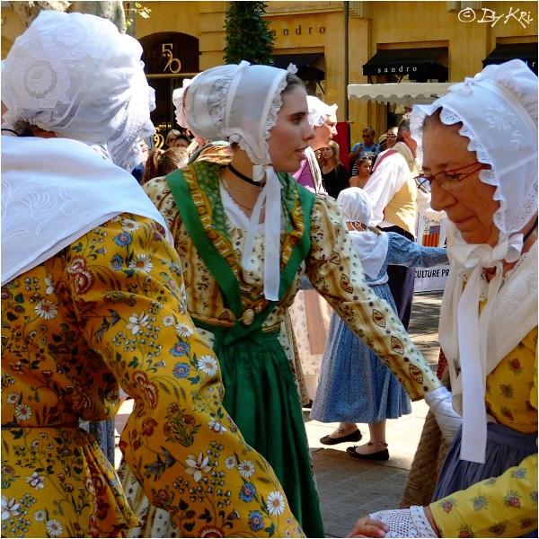 Le Costume Provençal ...