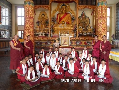 L'Ecole Monastique  des enfants moines
