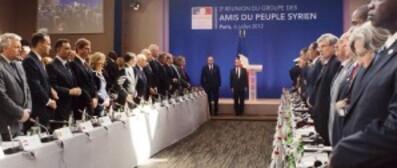 fabius-3e-reunion-amis-du-peuple-syrie-6-7-12-PHO4266f9d4-.jpg