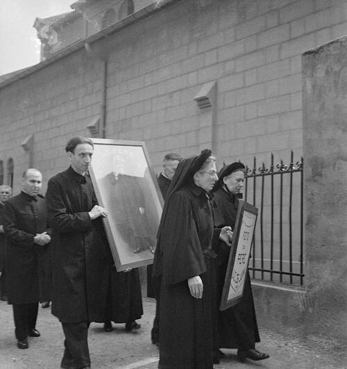 Paris. Reportage sur les Antoinistes - Fonds Marcel Cerf-1935-1936 #14
