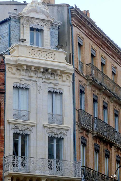 Toulouse : deux façades ...