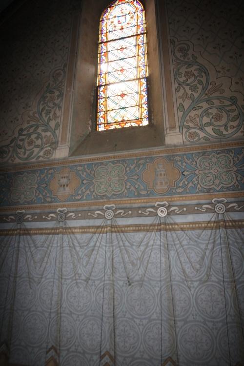 petite chapelle coté gauche qui devrait devenir notre salon