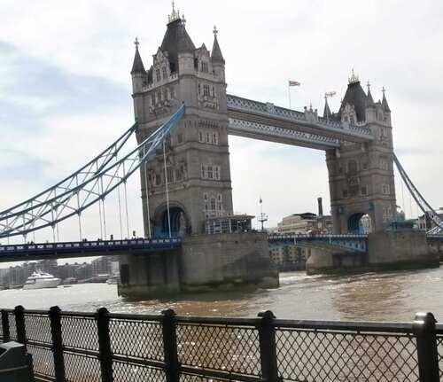 * Zoé à Londres *