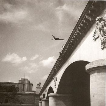 Saut-pont-Iéna-640x640