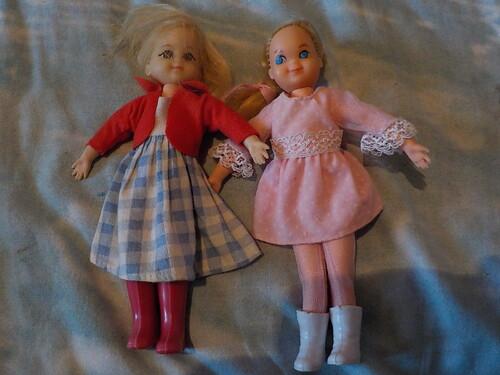 DOMANDALAS  mes poupées d'enfance Tutti  Chris et Skipper de Mattel soeurs de Barbie
