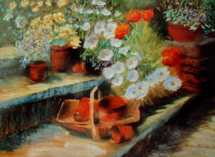Pot s et fleurs dans le jardin