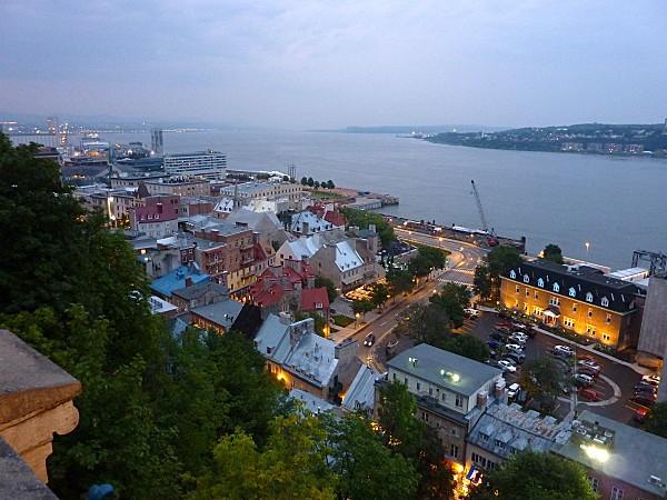 Québec Quartier Petit Champlain nuit