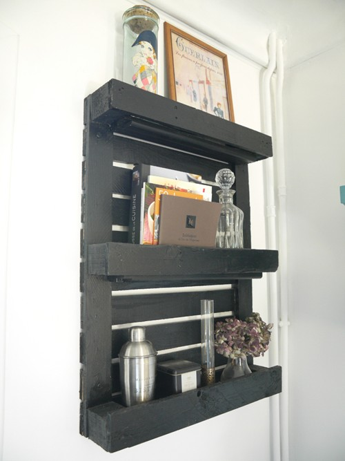 fabriquer des etageres avec des palettes maison design. Black Bedroom Furniture Sets. Home Design Ideas
