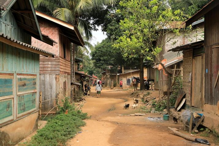Hadsa village de pêcheurs au bord de la Nam Ou