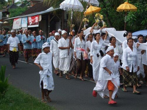 Souvenirs de Bali , suite.
