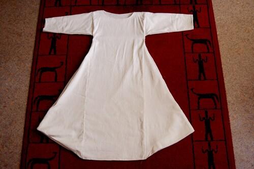Chainse, coton, chemise, medieval, moyen age, historique