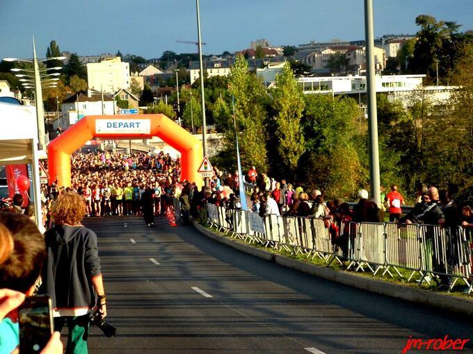 Limoges: la 8ème Edition des Boucles de la Porcelaine a tenue ses promesses, attirant prés de 2500 personnes « coureurs à pied et marcheurs»