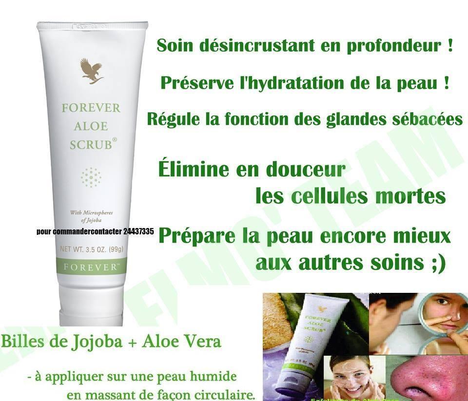 Le masque du persil pour le blanchiment de la peau de la personne