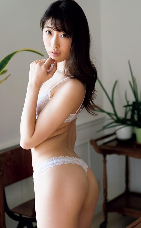 WEB Magazine : ( [FRIDAY Digital - Gravure] - |FRIDAY - 22/11/2018 - Masaki Ito, Nao Kiritani & Ichika Hoshimiya : 水着を脱いでハダカになった女子大生| )