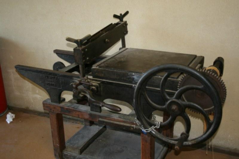 vieux-outils-d-antan 4270 [800x600]