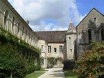 Vue d'une partie de l'abbaye de Fontenay