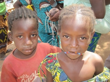 burkina bomborokuy enfants du village