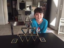 CM1 CM2 B - défi n°3! Réaliser un château de cartes