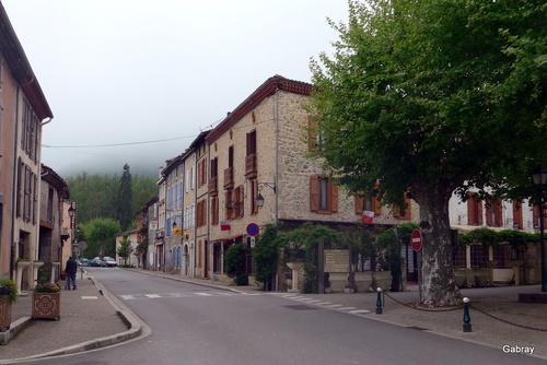 Le Mas d'Azil: le village