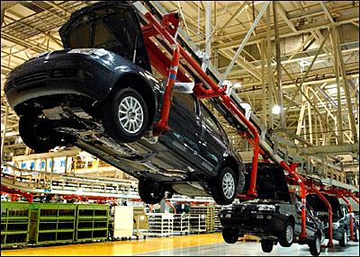 Industrie automobile : le démantèlement se poursuit