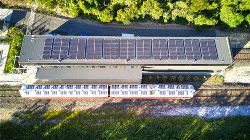 Ce train fonctionne à l'énergie solaire