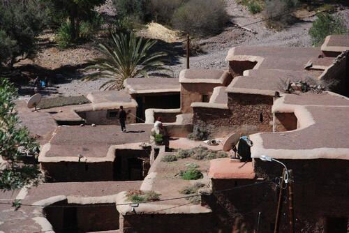 les toits servent de terrasses