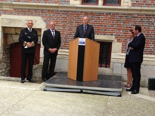 Giscard inaugure le Musée de la Chasse