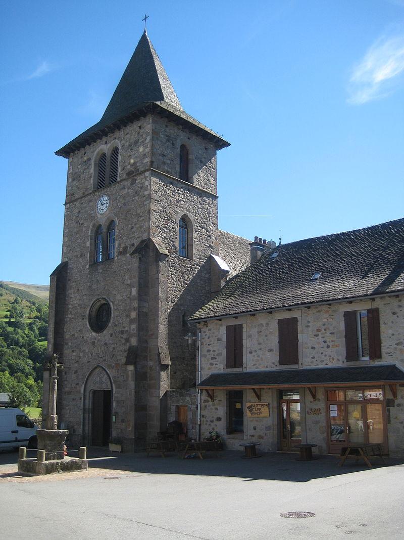 Eglise Saint-Jacques-des-Blats.JPG