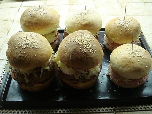 Hamburgers 8