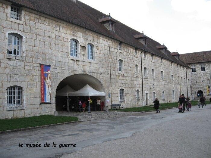 citadelle cour d'entrée