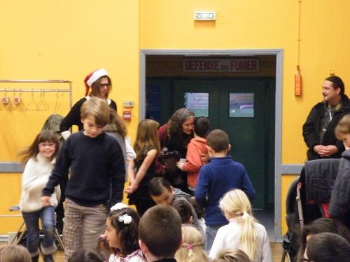 Noël et le tour de chant des enfants