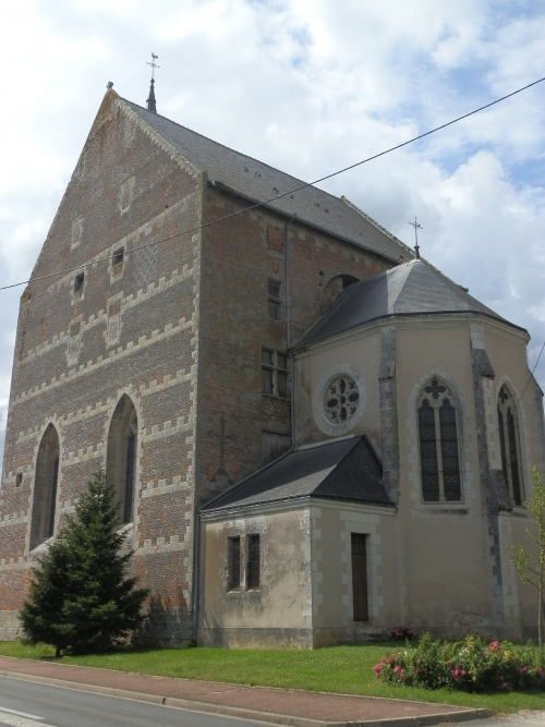 Eglise de Saint-Laurent-en-Gâtines (37)