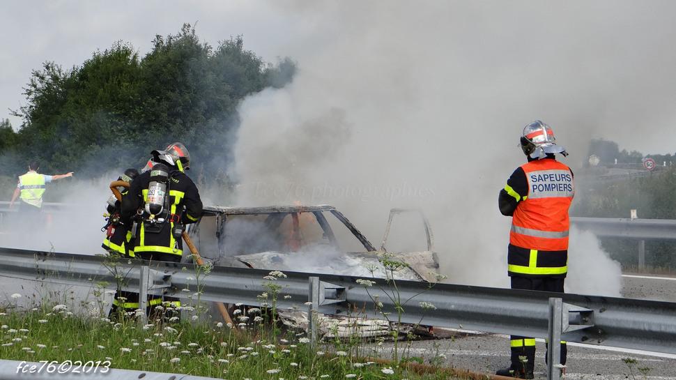 Véhicule en feu sur A29