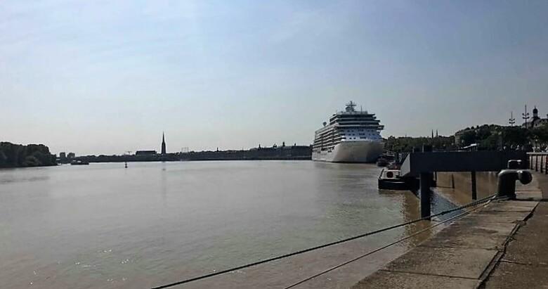 Seven  Seas Explorer à Bordeaux.