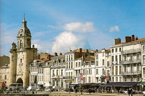 FRANCE (CHARENTE POITOU)