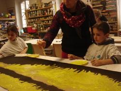 Une semaine aux ateliers de la Maison du Roy : projet théâtre d'ombres....