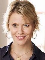 Emmanuelle Bondeville
