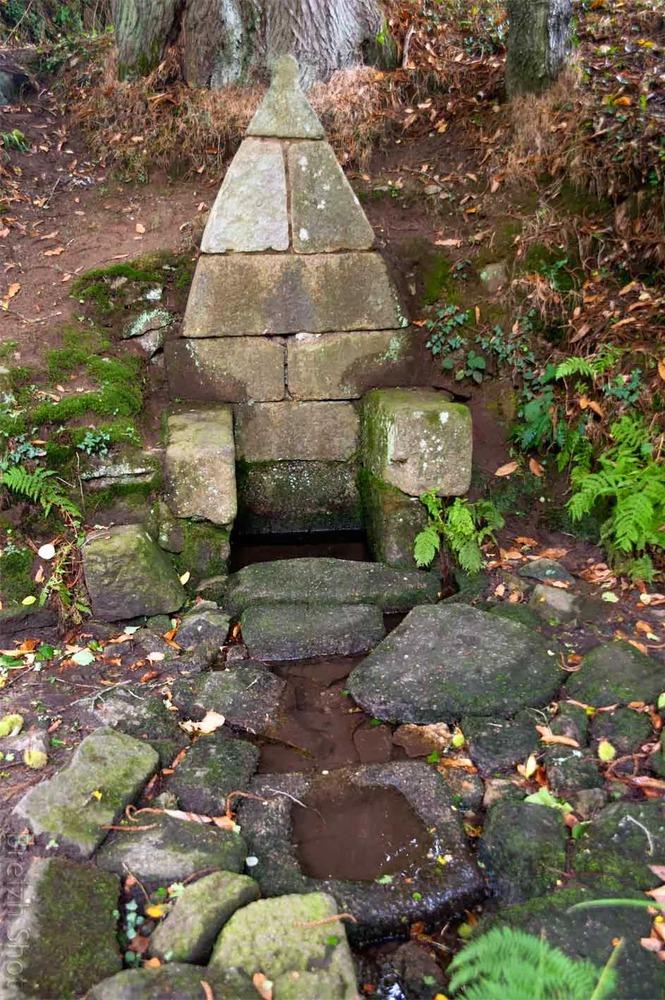 Fontaine des Sept-Saints Dormants - Le Vieux Marché