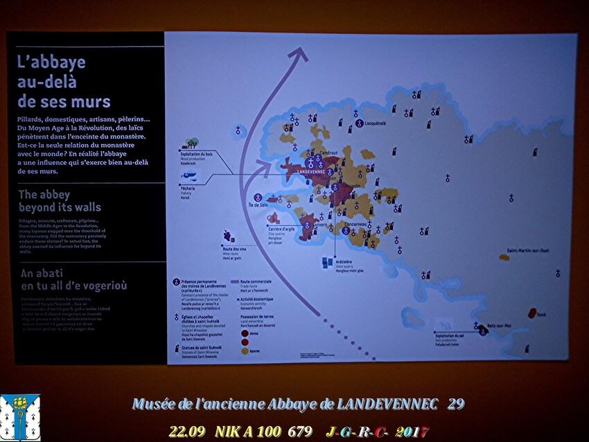 Le musée 9/9 de l'ancienne Abbaye de  LANDEVENNEC     D     10/02/2019