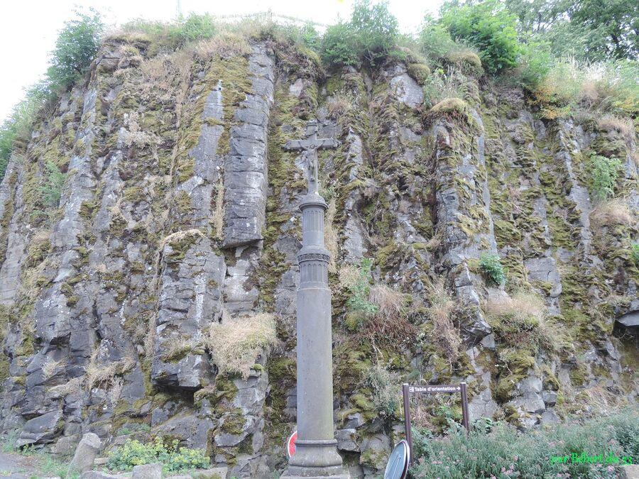 La Tour d'Auvergne (63) - 3 le village