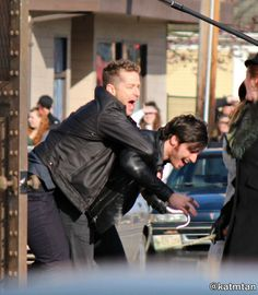 "Colin O'Donoghue and Josh Dallas - Behind the scenes - 5 * 22 ""Only you"" - 15 March 2016"