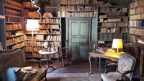 Bibliothèque vieille de 200 ans