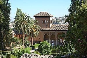 hiszpania granada palmy alhambra
