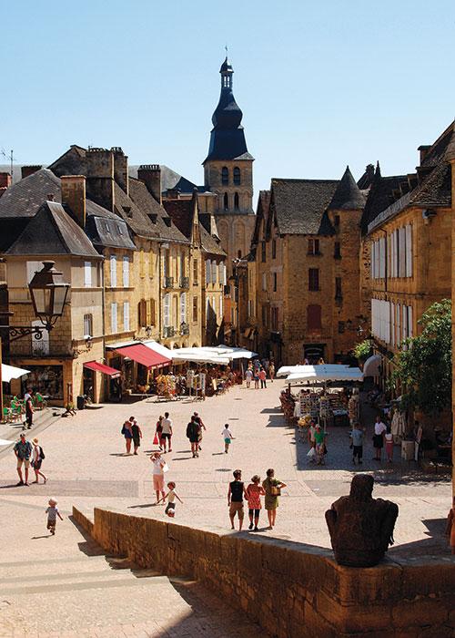 Art de Vivre 2:  La France en famille