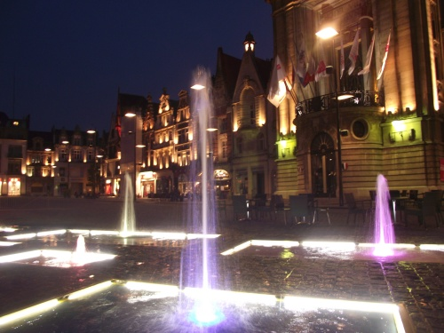 g place by night