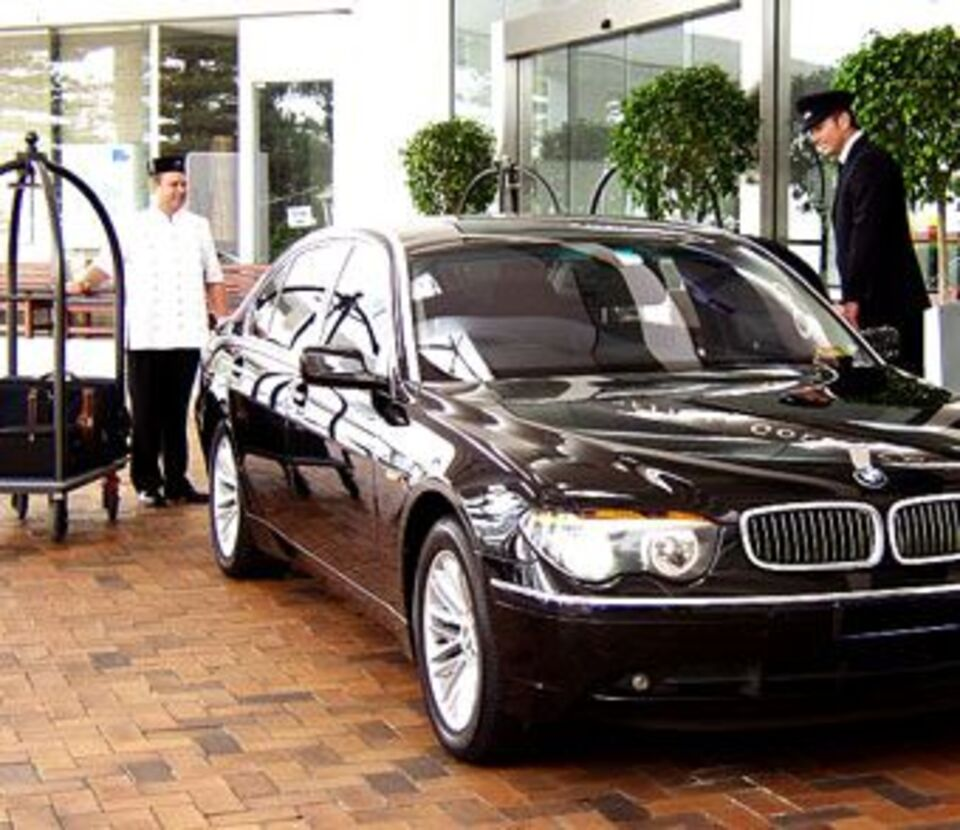 Westchester County Airport Car Service - Get Great Deals From HPNAirportLimo.Com